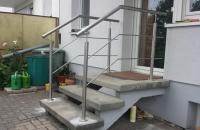 edelstahlgelaender-treppe-eingang