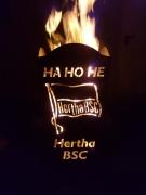 feuertonne-fußball-hertha-bsc