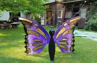 butterfly-gartenbank-lila-gelb