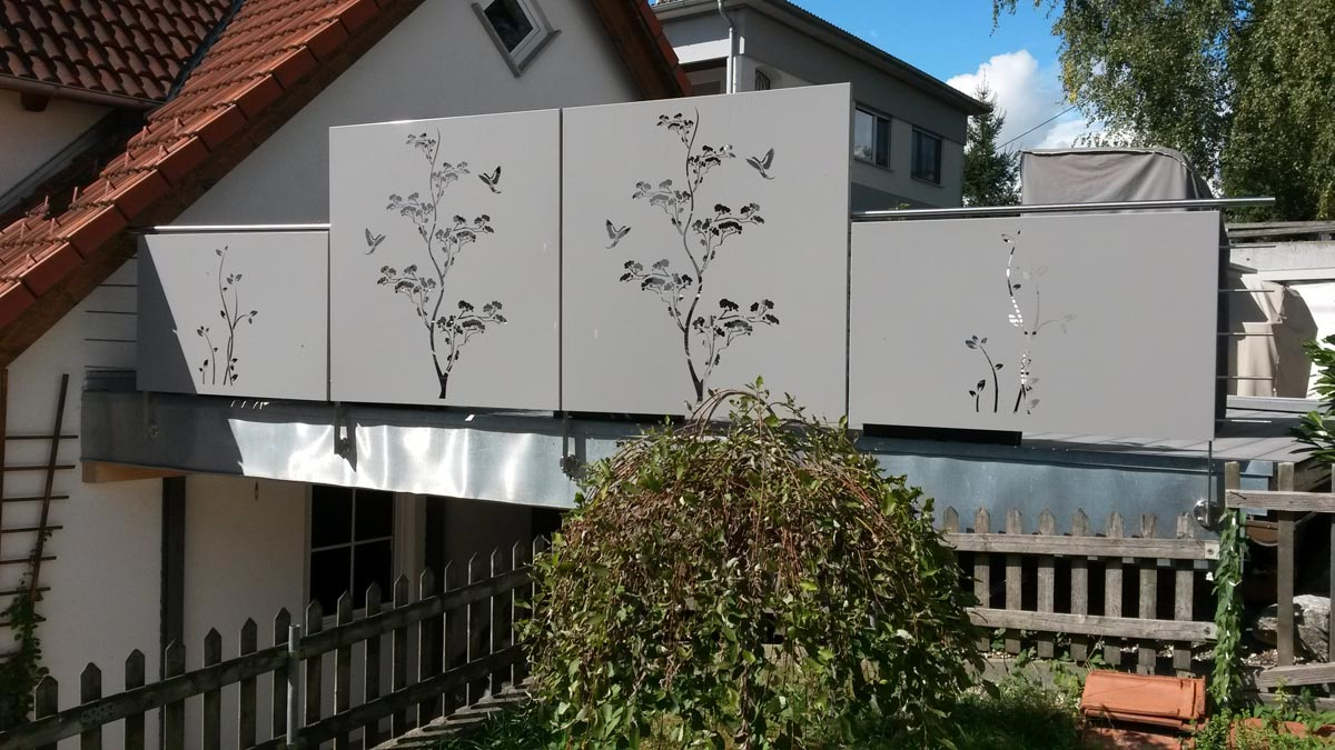 Verkleidung Design Balkon Alles Bild für Ihr Haus Design Ideen