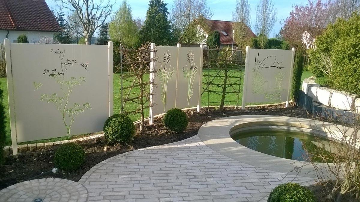 Sichtschutz mit motiv ganz individuell hier vergleichen for Gartengestaltung sichtschutz
