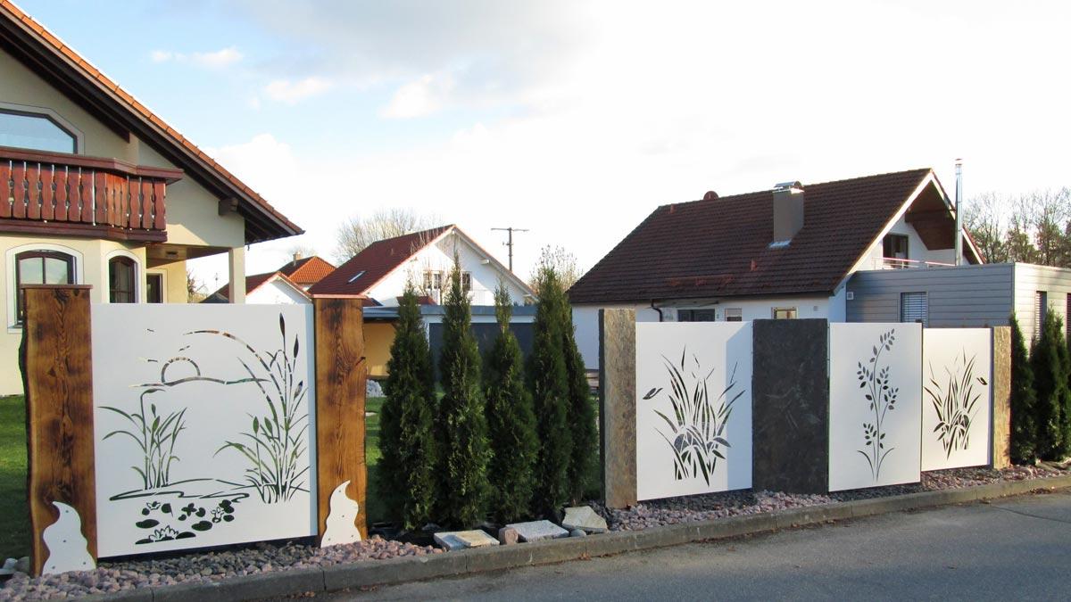 Sichtschutz mit motiv ganz individuell hier vergleichen - Garten sichtschutz metall ...