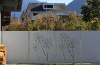 sichtschutz-grau-pusteblume